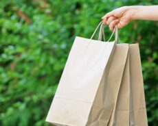 Co zapewnia porządny producent toreb papierowych?